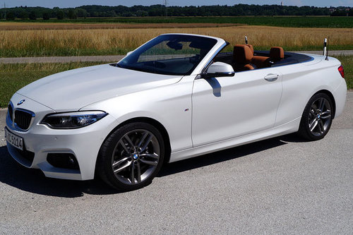 bmw 2er coupe und cabrio facelift erster test schon. Black Bedroom Furniture Sets. Home Design Ideas