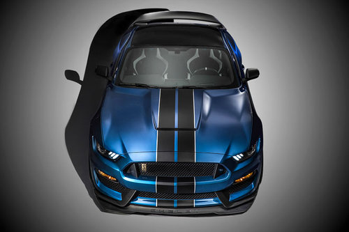 Detroit: Ford Mustang Shelby GT350-R