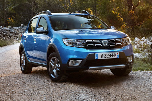 facelift dacia sandero logan erster test news autowelt. Black Bedroom Furniture Sets. Home Design Ideas