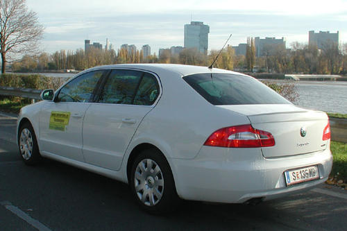 skoda superb 1 9 tdi greenline im test autotests. Black Bedroom Furniture Sets. Home Design Ideas