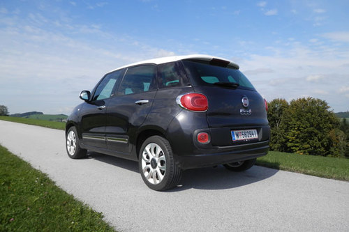 fiat 500l 1 3 d multijet im test autotests autowelt. Black Bedroom Furniture Sets. Home Design Ideas