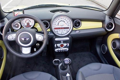 mini cooper s cabrio im test autotests autowelt. Black Bedroom Furniture Sets. Home Design Ideas
