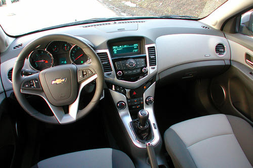 Chevrolet Cruze LT 2.0 VCDi - im Test - Autotests - Autowelt ...