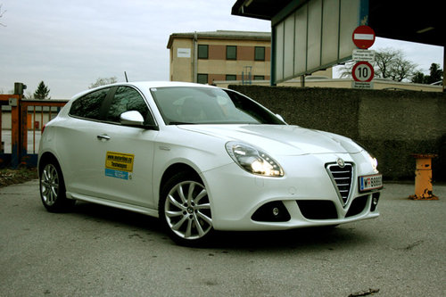 alfa romeo giulietta 1 4 tb multiair 170 ps im test. Black Bedroom Furniture Sets. Home Design Ideas