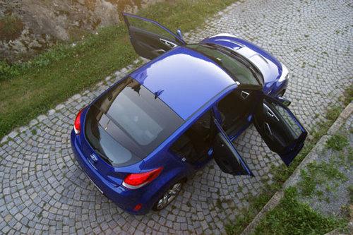 hyundai veloster 1 6 gdi sport plus im test autotests autowelt. Black Bedroom Furniture Sets. Home Design Ideas