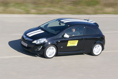 opel corsa 1 4 opc line im test autotests autowelt. Black Bedroom Furniture Sets. Home Design Ideas