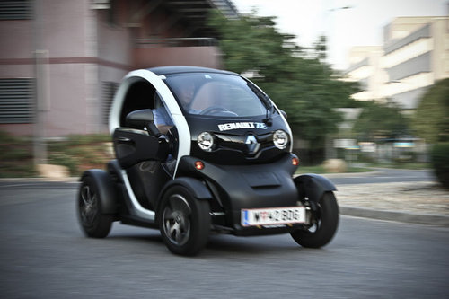 renault twizy 80 technic im test autotests autowelt. Black Bedroom Furniture Sets. Home Design Ideas