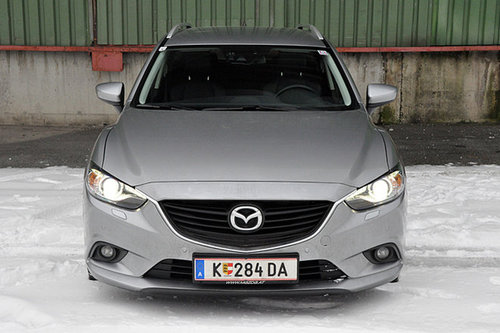 mazda6 combi revolution im test autotests. Black Bedroom Furniture Sets. Home Design Ideas