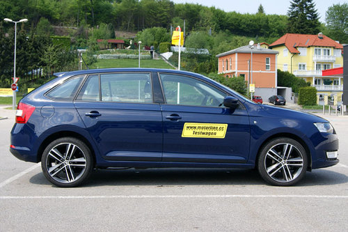 skoda rapid spaceback 1 2 tsi im test autotests. Black Bedroom Furniture Sets. Home Design Ideas