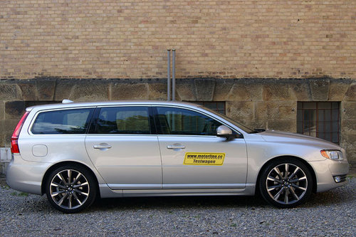 volvo v70 d4 geartronic summum im test autotests. Black Bedroom Furniture Sets. Home Design Ideas