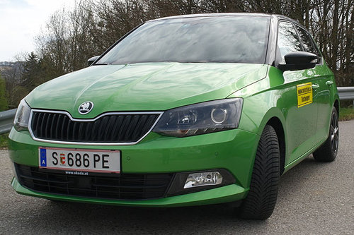 skoda fabia 1 2 tsi dsg style im test autotests. Black Bedroom Furniture Sets. Home Design Ideas