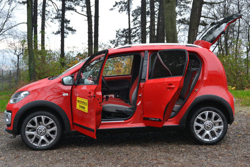 vw cross up im test autotests autowelt. Black Bedroom Furniture Sets. Home Design Ideas