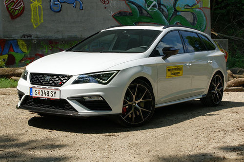 seat leon st cupra 4drive dsg carbon edition im test. Black Bedroom Furniture Sets. Home Design Ideas