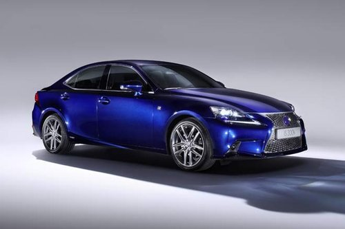 Lexus IS 300h - Premiere in Genf