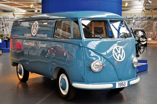 60 jahre alter vw bus classic. Black Bedroom Furniture Sets. Home Design Ideas
