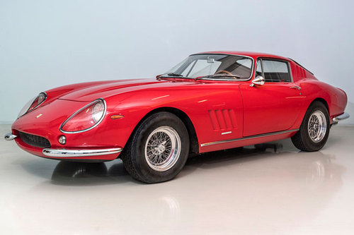 Coys: Ferrari 275 GTB/4 unterm Hammer Ferrari 275 GTB/4 1966
