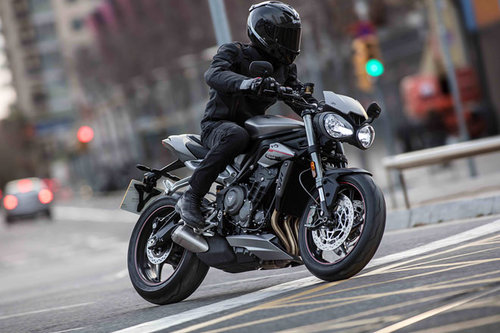Aktualisiert: Triumph Speed Triple Triumph Speed Triple RS 2017