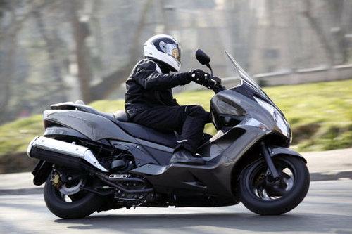 honda sw t 600 schon gefahren schon gefahren motorrad. Black Bedroom Furniture Sets. Home Design Ideas