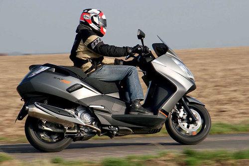 peugeot satelis ii 400 rs - im test - motorrad-tests - motorrad