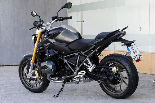 bmw r 1200 r sport roadster im test motorrad tests motorrad. Black Bedroom Furniture Sets. Home Design Ideas