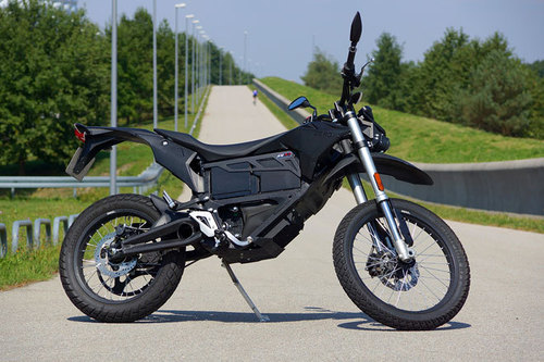 zero fx zf6 5 elektro enduro im test motorrad tests motorrad. Black Bedroom Furniture Sets. Home Design Ideas