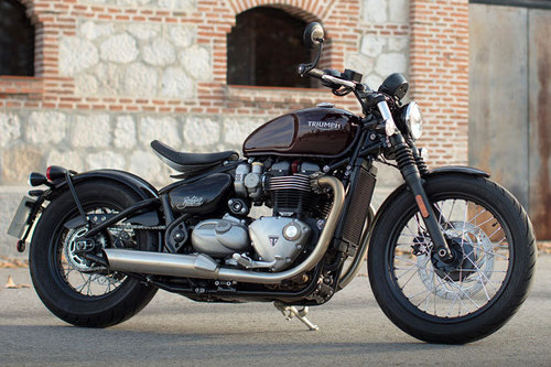 triumph bonneville bobber im test motorrad tests. Black Bedroom Furniture Sets. Home Design Ideas