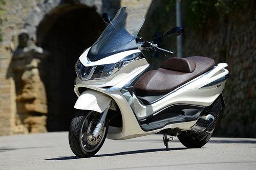 piaggio x10 350 abs im test motorrad tests motorrad. Black Bedroom Furniture Sets. Home Design Ideas