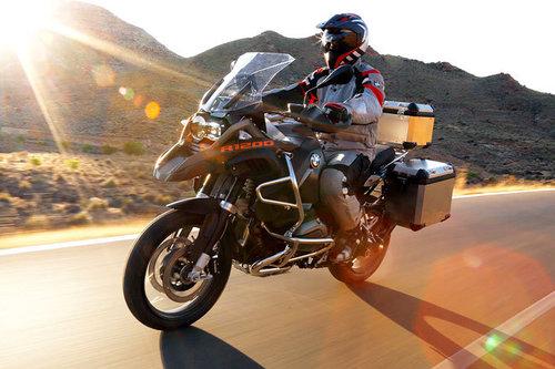 bmw r 1200 gs adventure im test motorrad tests motorrad. Black Bedroom Furniture Sets. Home Design Ideas