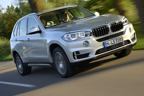 bmw x5 edrive erster test schon gefahren offroad. Black Bedroom Furniture Sets. Home Design Ideas