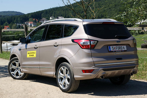 ford kuga 2 0 tdci awd vignale im test offroader tests. Black Bedroom Furniture Sets. Home Design Ideas