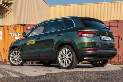 skoda karoq 2 0 tdi 4x4 style im test offroader tests. Black Bedroom Furniture Sets. Home Design Ideas