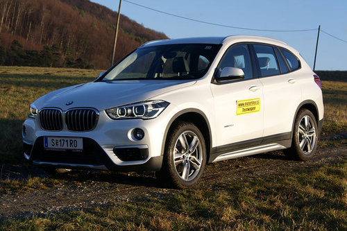 bmw x1 xdrive20d a im test offroader tests offroad. Black Bedroom Furniture Sets. Home Design Ideas