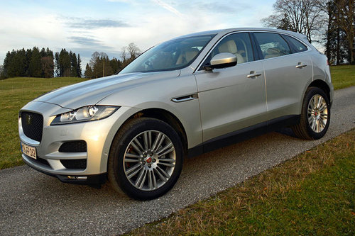 jaguar f pace 20d awd pure im test offroader tests. Black Bedroom Furniture Sets. Home Design Ideas